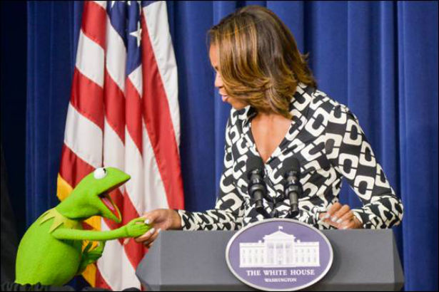 FLOTUS Welcomes Kermit The Frog To The White House