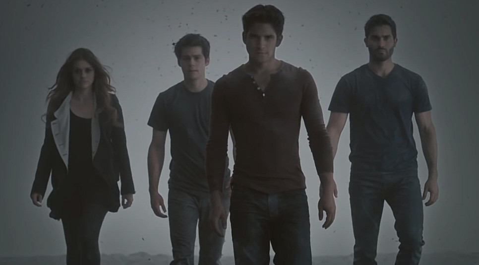 TEEN WOLF Cast & Brand New Booth at Comic-Con 2014