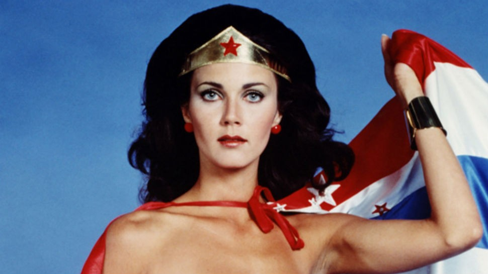 Interview: WONDER WOMAN Lynda Carter Talks Gal Gadot, Ben Affleck, and Taking the Ice Bucket Challenge