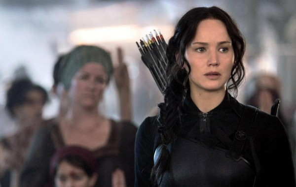 Jennifer-Lawrence-in-The-Hunger-Games-Mockingjay-Part-1-600x380