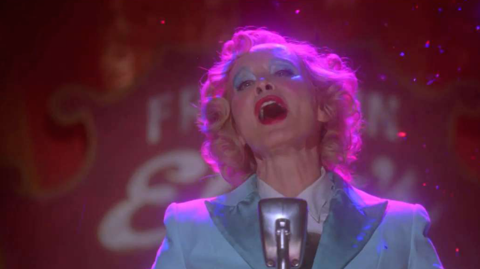 Music Geek Track of the Day: Jessica Lange Sings David Bowie's 'Life On Mars' on AMERICAN HORROR STORY