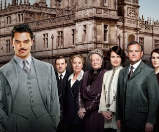 Enjoy Some Professionally Written DOWNTON ABBEY/Howard Stark Fan Fiction (Really)