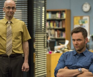 Dean-a-Ling-a-Ling!!! Dan Harmon, Joel McHale and the COMMUNITY Cast Talk Season 6