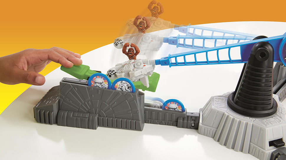Exclusive: Hasbro Announces STAR WARS LOOPIN' CHEWIE Game
