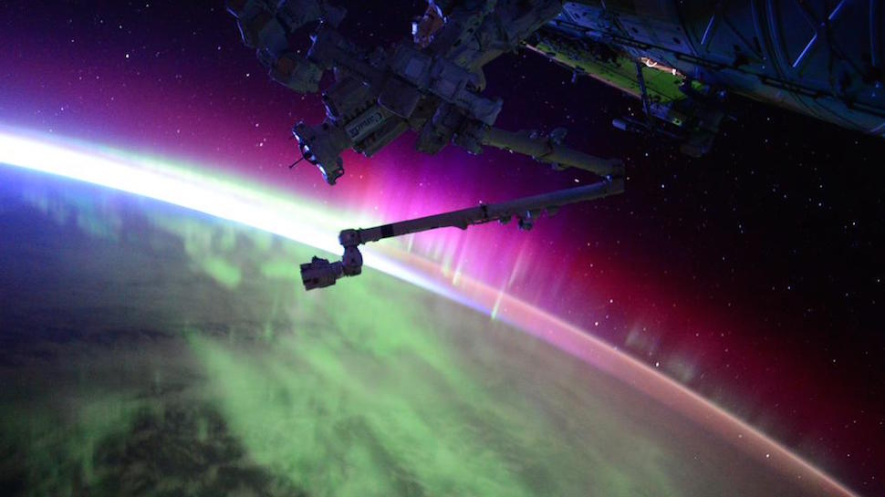Astronaut Scott Kelly Shows Us Mind-Blowing Auroras from Space