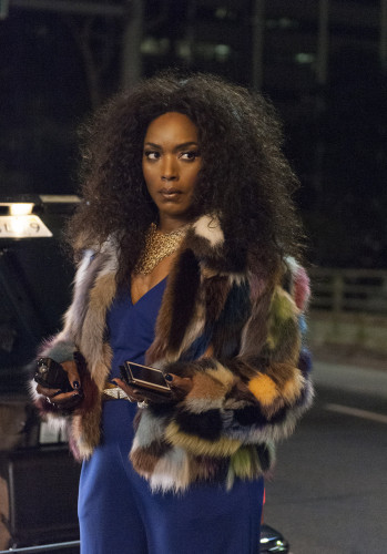 """AMERICAN HORROR STORY -- """"Mommy"""" Episode 503 (Airs Wednesday, October 21, 10:00 pm/ep) Pictured: Angela Bassett as Ramona. CR: Suzanne Tenner/FX"""