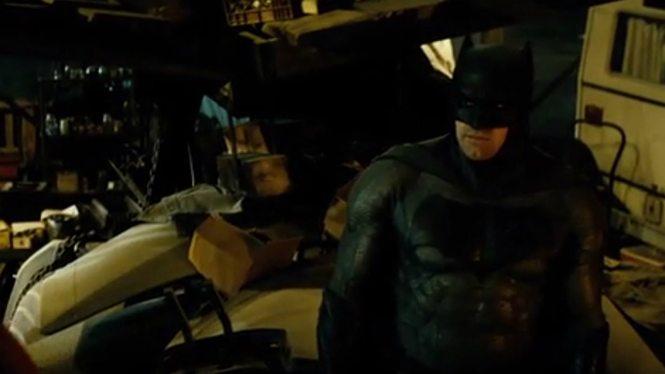 New BATMAN V SUPERMAN Clip Reveals Why Bruce Wants Clark to Bleed