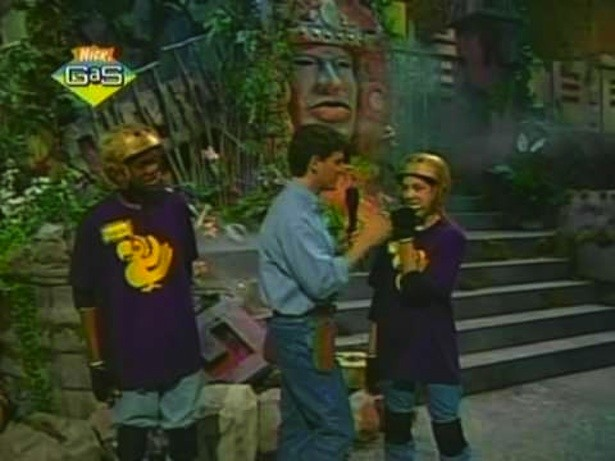 Purple-Parrots-Legends-Hidden-Temple
