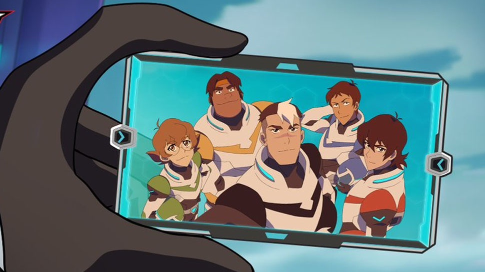 Meet The New Team of VOLTRON LEGENDARY DEFENDER
