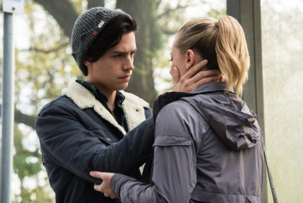 """Riverdale -- """"Chapter Six: Faster, Pussycats! Kill! Kill!"""" -- Image Number: RVD106b_0040.jpg -- Pictured (L-R): Cole Sprouse as Jughead Jones and Lili Reinhart as Betty Cooper -- Photo: Dean Buscher/The CW -- © 2017 The CW Network. All Rights Reserve"""