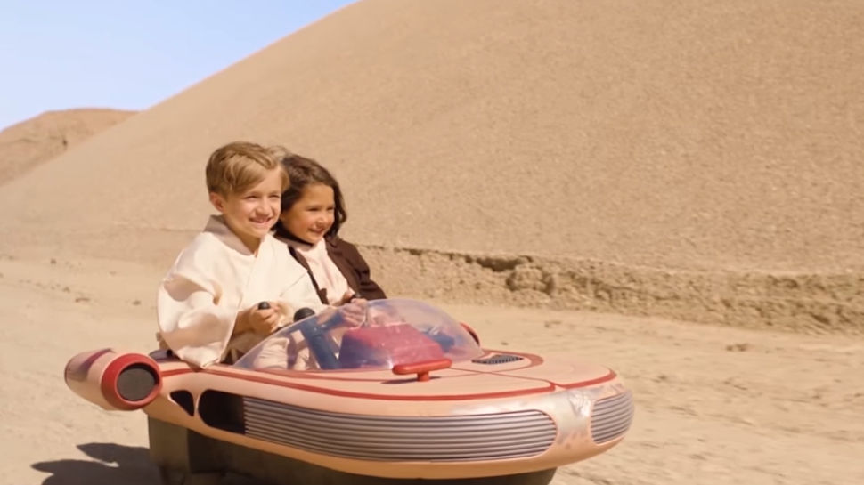 Radio Flyer Announces Drivable STAR WARS Landspeeder