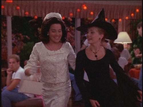 11 Killer Halloween Episodes from '90s Sitcoms_4