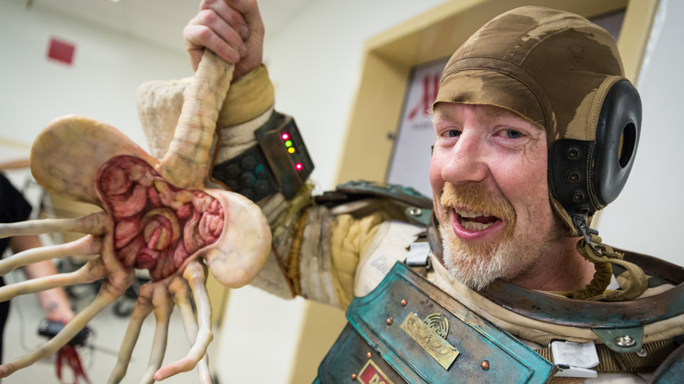 Watch MYTHBUSTERS' Adam Savage Go Incognito At Comic-Con 2014