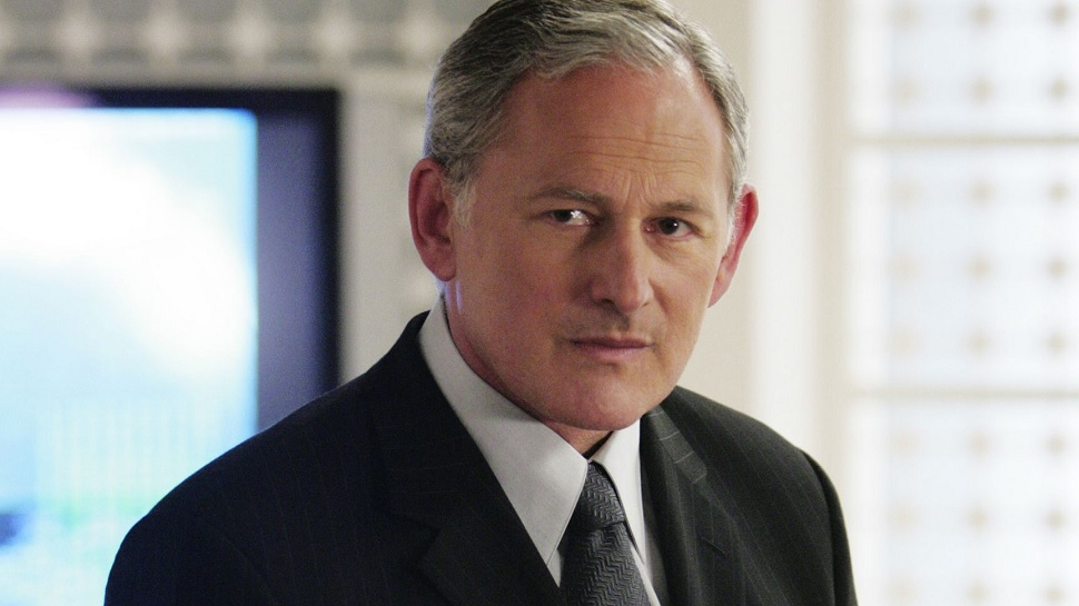 THE FLASH Casts Victor Garber in Important Recurring Role