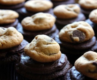 Nom Nom Nom: LA Cookie Con Preview