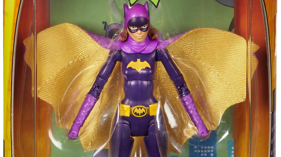 Toys'R'Us Debuting BATGIRL Figure and HARLEY QUINN Set at SDCC
