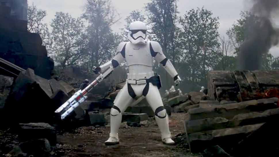 """Learn THE FORCE AWAKENS """"Traitor"""" Stormtrooper's Backstory"""