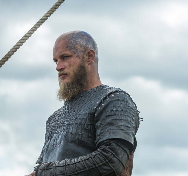 Ragnar (Travis Fimmel) is ready to face Rollo (cr_ Jonathan Hession _ HISTORY)