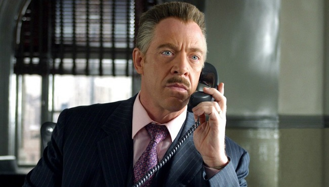 J.K. Simmons Talks Playing Commissioner Gordon in JUSTICE LEAGUE_2