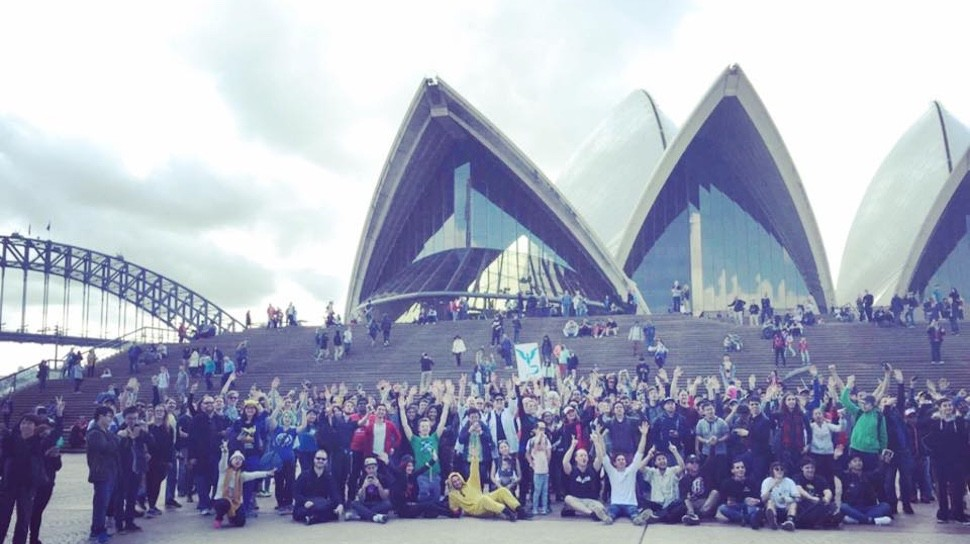 POKÉMON GO Brought 2,000 Players Together at the Sydney Opera House