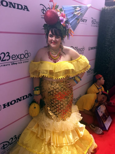 D23-Expo-Cosplay-Dole-Whip