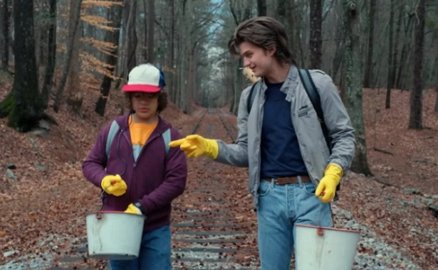 STRANGER THINGS 2 Puts Its Own Twist on ALIENS_1