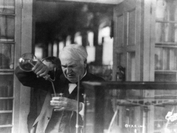 Edison's 'Spirit Box' Tried to Determine the Nature of Life, Not Just Talk with the Dead_3