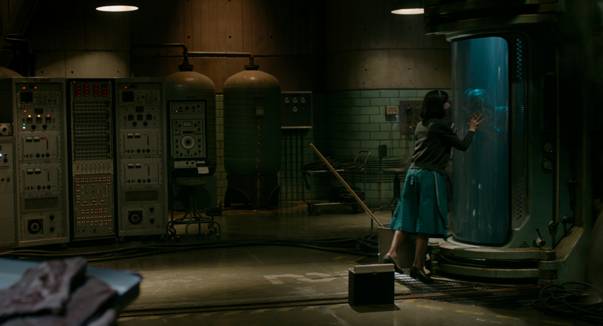 Exclusive The Shape Of Water Images Give Us A Tour Of Del