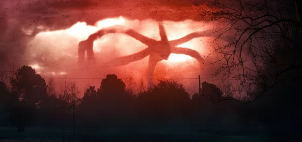 New STRANGER THINGS 3 Details Hint at Dark Things to Come_4