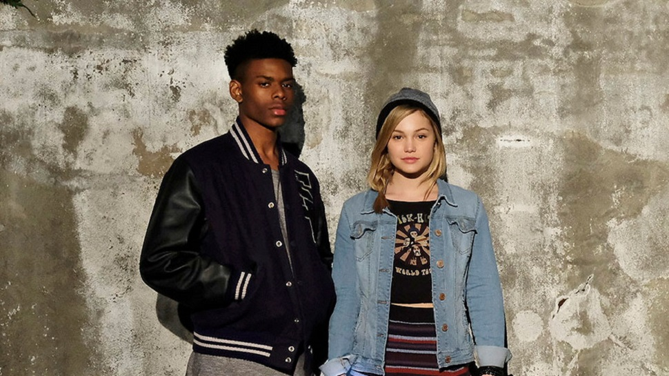 CLOAK & DAGGER Meet For the First Time in Marvel's Sneak Peek