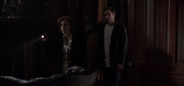 THE X-FILES' Top 11 Mulder and Scully Shipper Moments_1