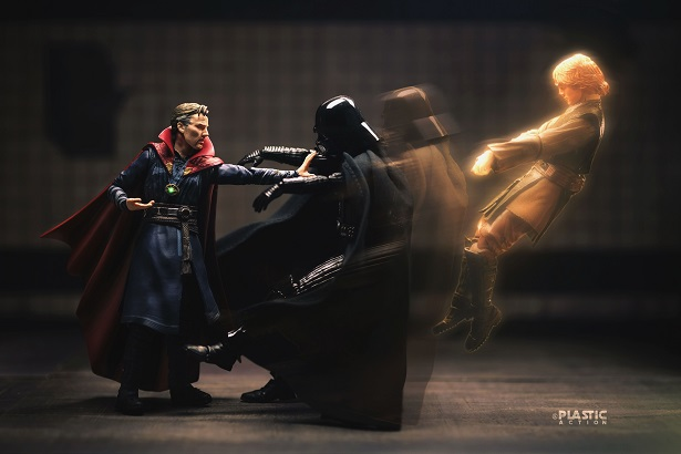 Action Figures Remixing Iconic Movie Scenes Will Blow Your Mind_10