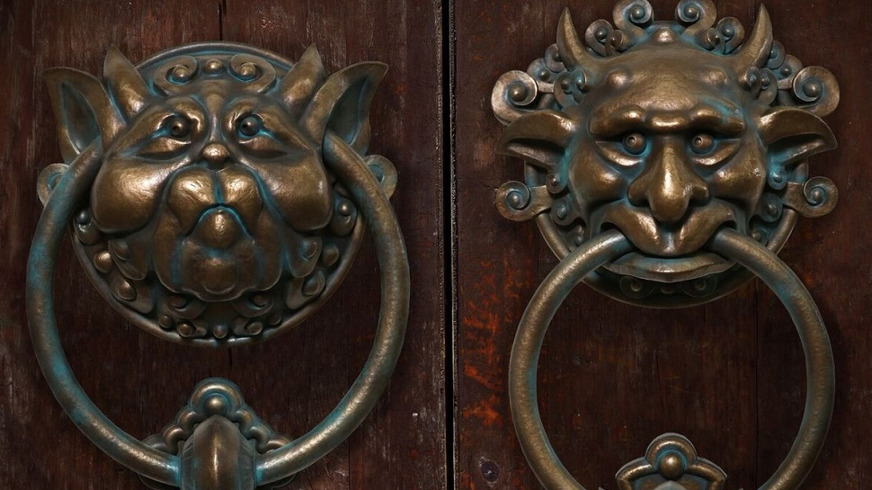 Merveilleux LABYRINTH Door Knockers Can Now Be Yours   Nerdist