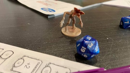 The STRANGER THINGS DUNGEONS & DRAGONS Set Is a Good Intro for Beginners