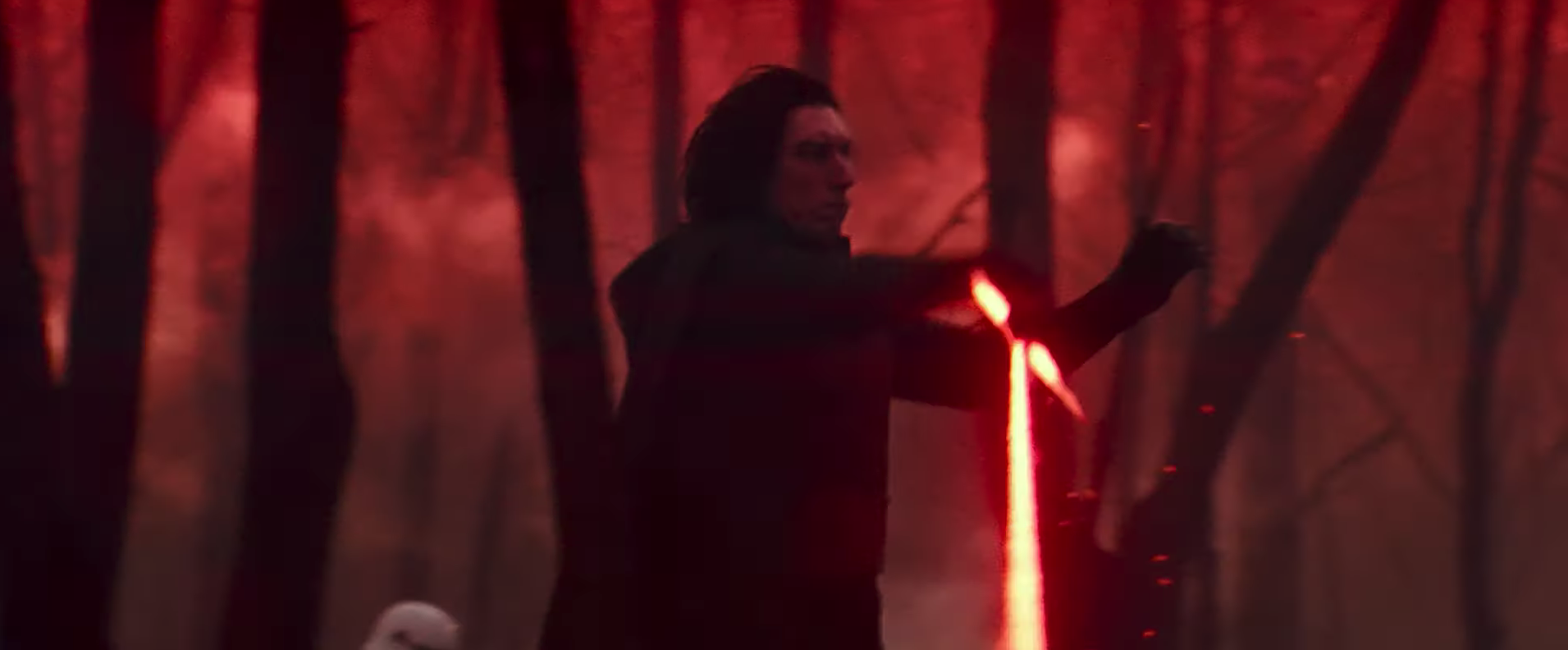 How the Death Star Could Be the Key To Kylo Ren's Redemption_4