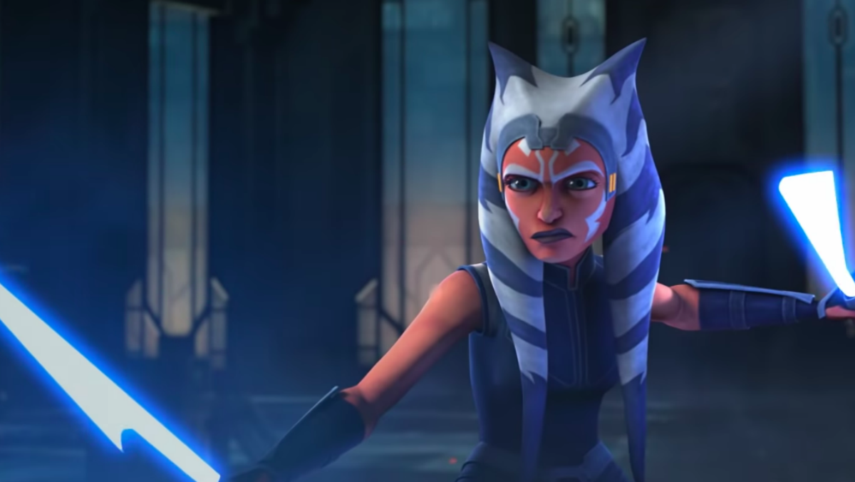Ahsoka Tano wields her white double lightsabers in a clip from Star Wars: The Clone Wars.