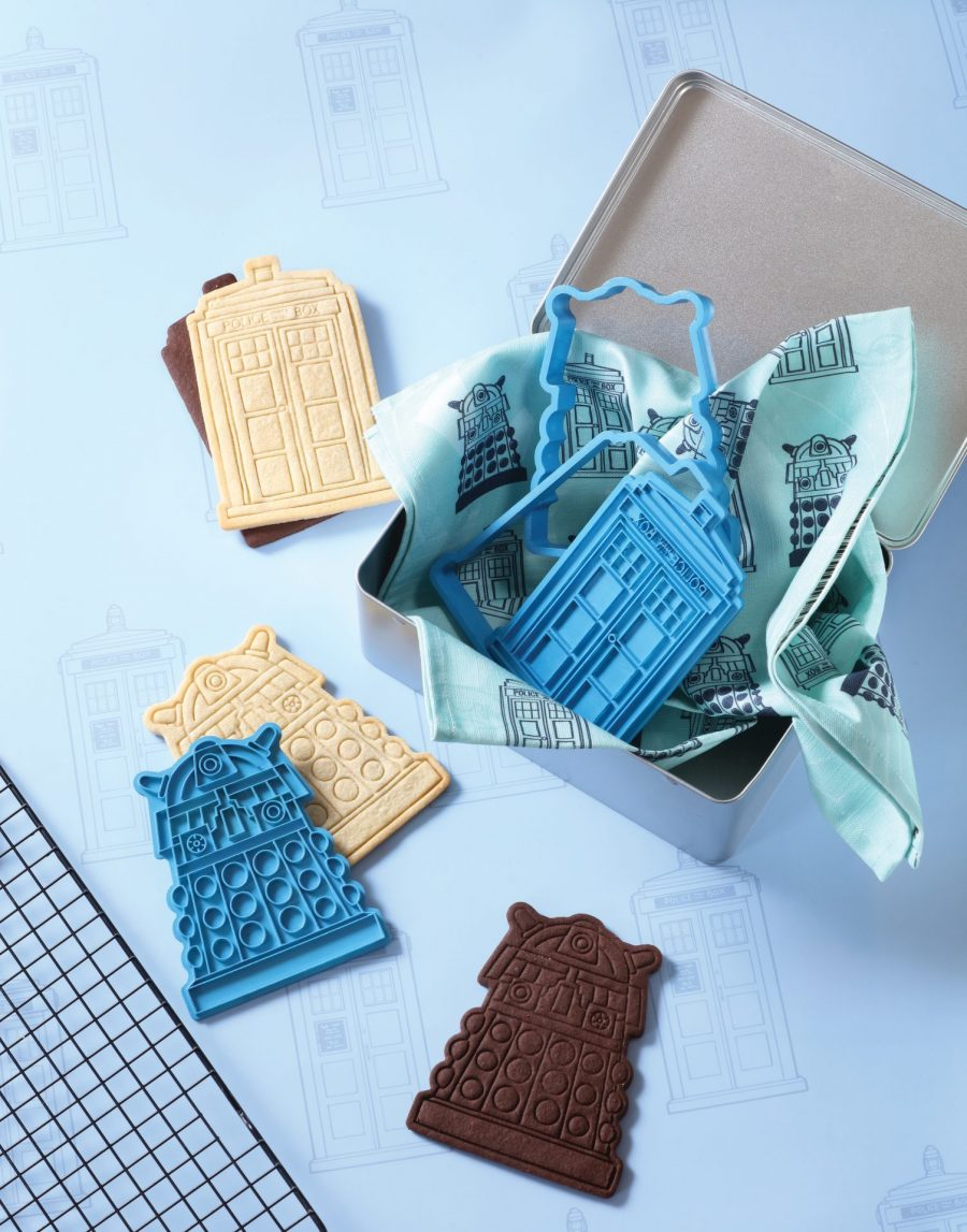 TARDIS cookie Baking set