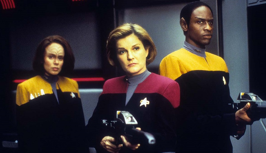 VOYAGER'S Captain Janeway Honored in Future Birthplace_2