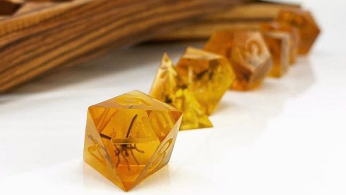 You Need These JURASSIC PARK Themed Dice - Nerdist
