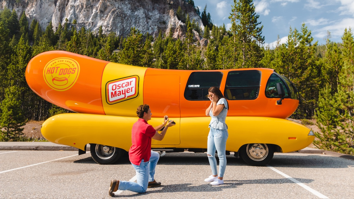 Hot Dog! You Can Rent Oscar Mayer's Weinermobile to Propose_1