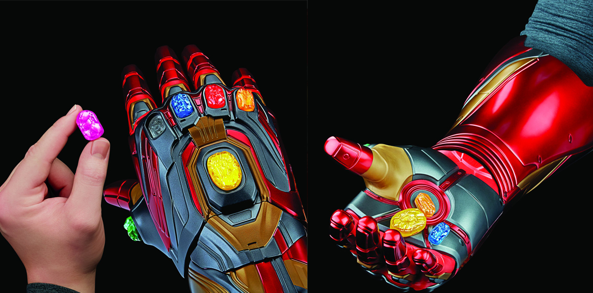 Save the universe by placing each Infinity Stine in your Marvel Legends Iron Man Nano Gauntlet.